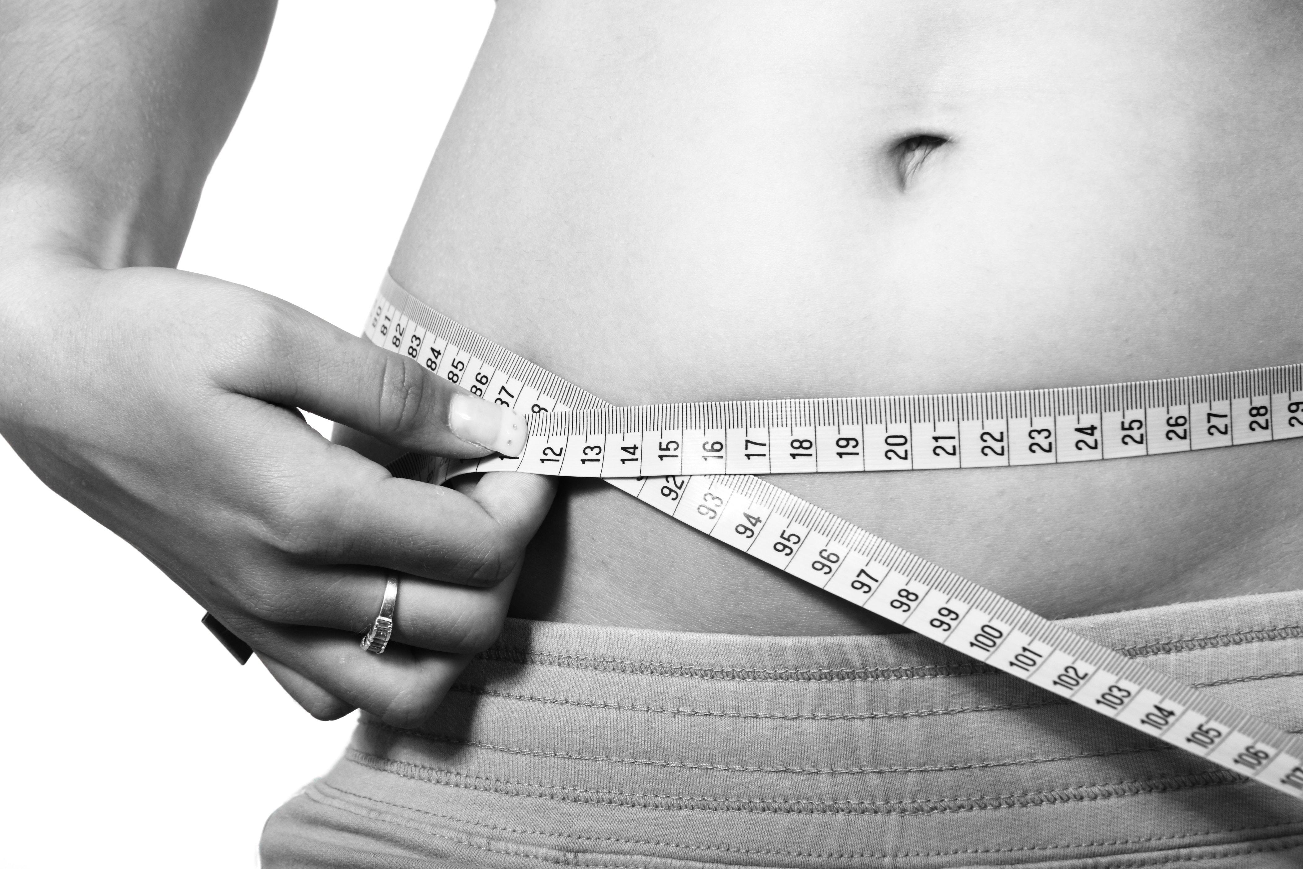 Comment commencer à perdre du poids en pensant que faire un régime est trop dur ?(3 astuces)