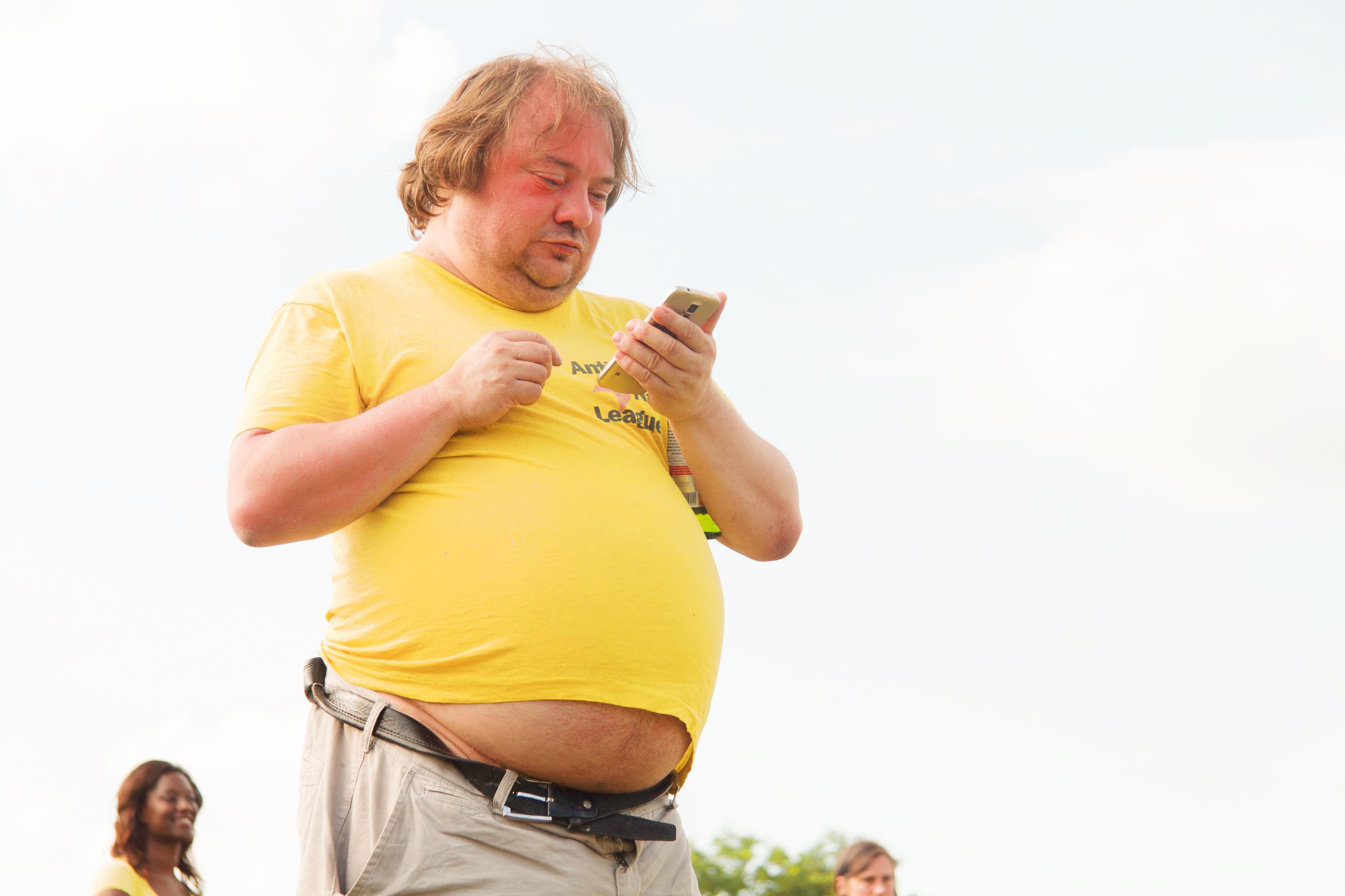 3 raisons qui expliquent pourquoi vous êtes gros et que vous continuez à devenir gras [non ce n'est pas l'excès de calories] !